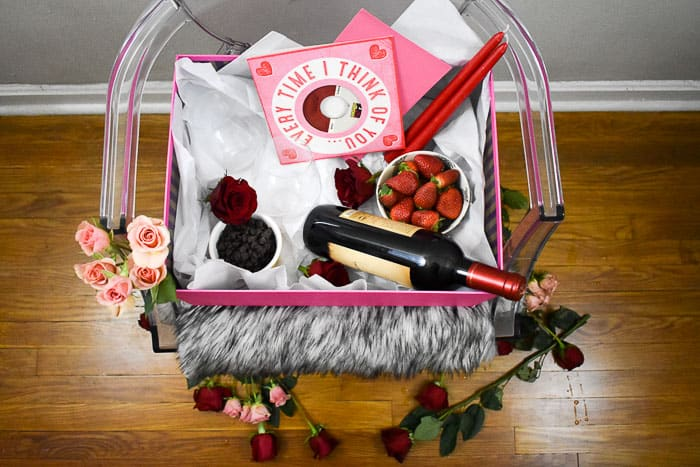 valentine's day gifts for him homemade: diy date night in a box