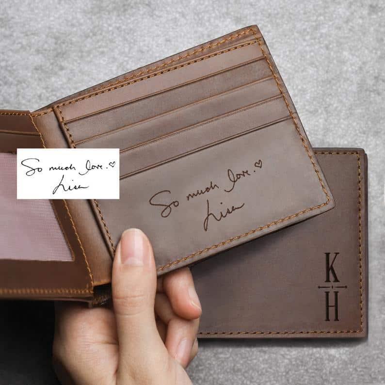 personalized valentine day gift for him: personalized wallet with handwriting
