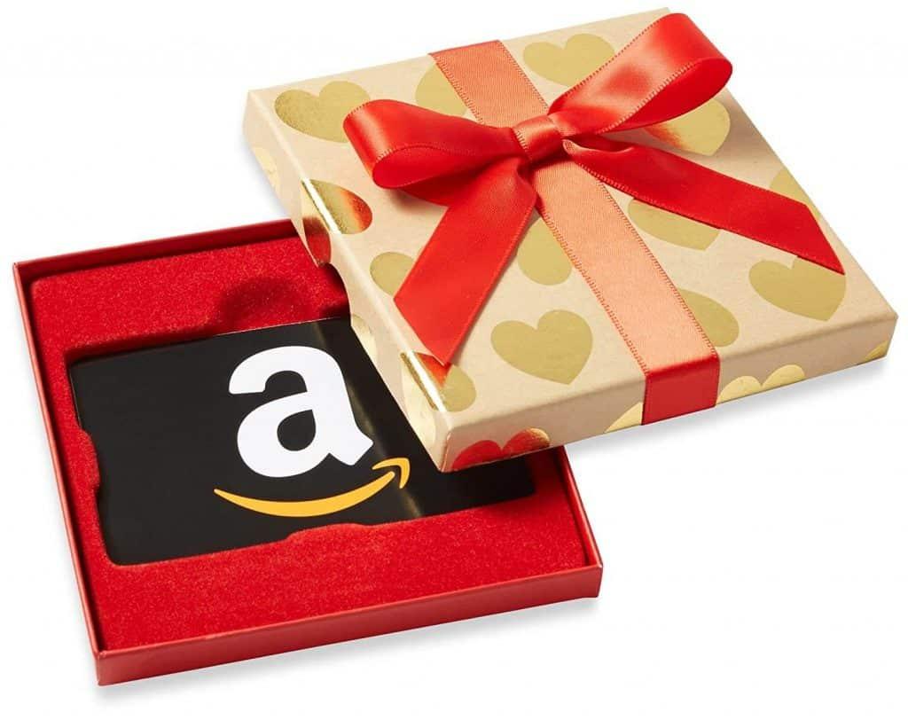 last minute anniversary ideas: a gift card