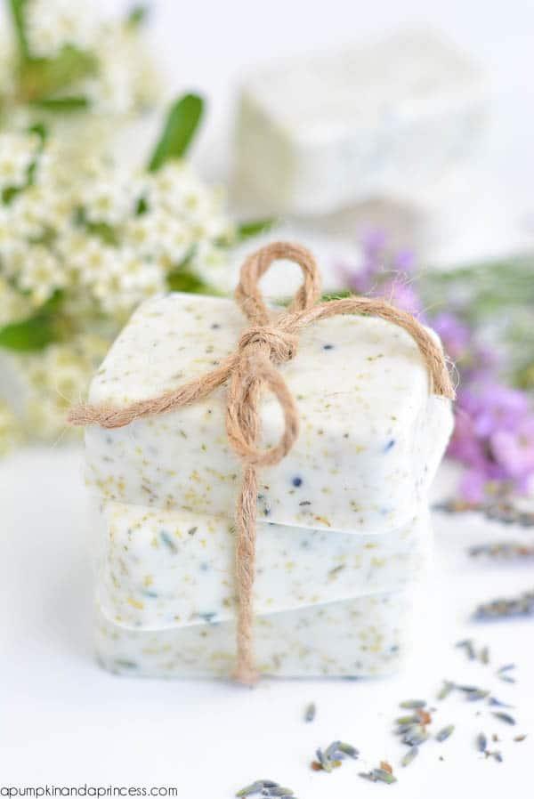 diy gift for women: lavender chamomile tea soap