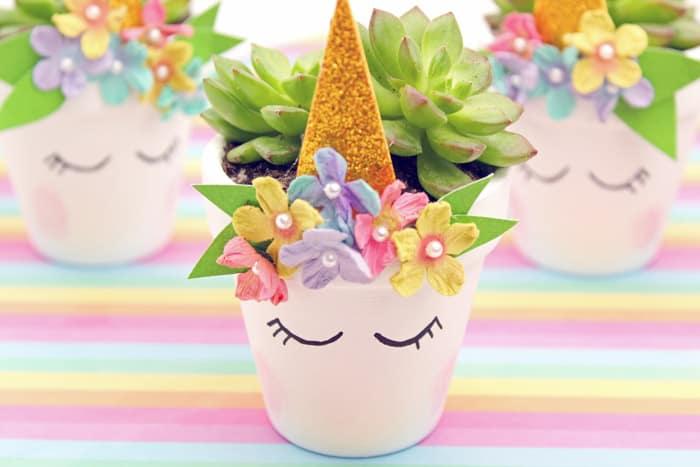 cute homemade gifts: unicorn planters