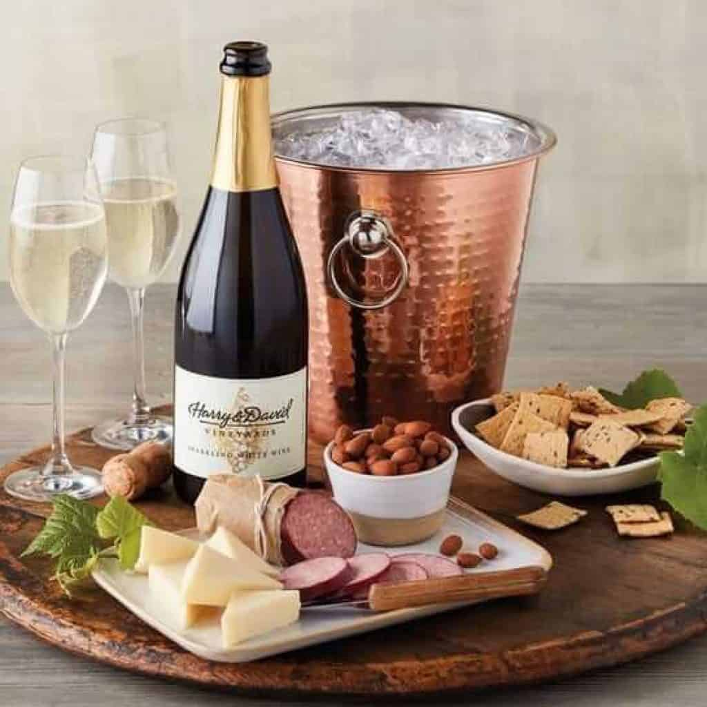 last minute anniversary gift: wine and copper chiller gift set from harryanddavid
