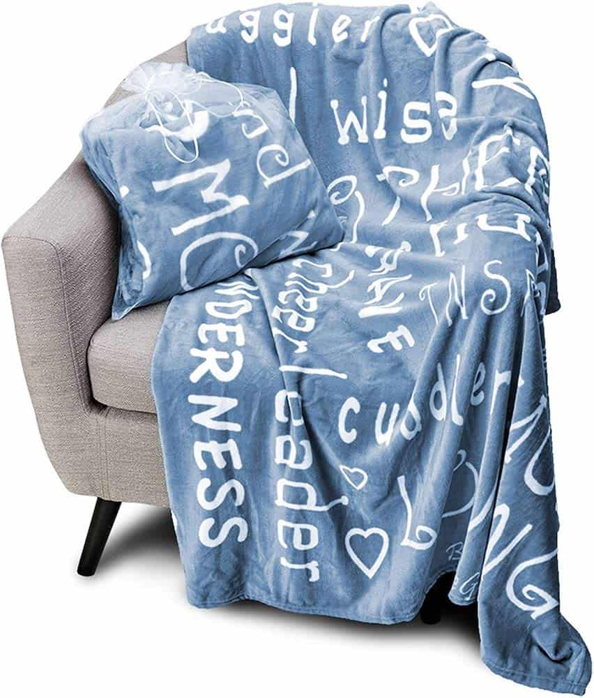 Throw Blanket With Inspiring Motherhood Words - Gifts For New Moms
