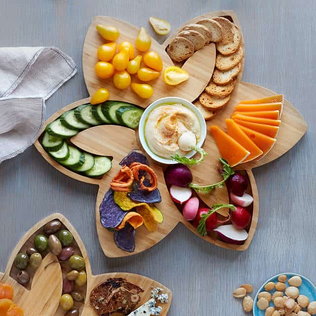 serving board - mothers day gifts for aunts