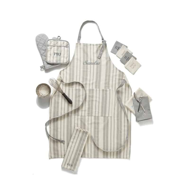 personalized gifts for mothers day: personalized apron