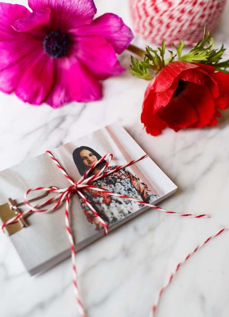 romantic homemade anniversary gifts: photo flip book