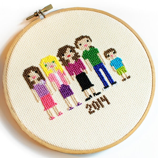 mothers day crafts for grandma: cross stitch family portrait