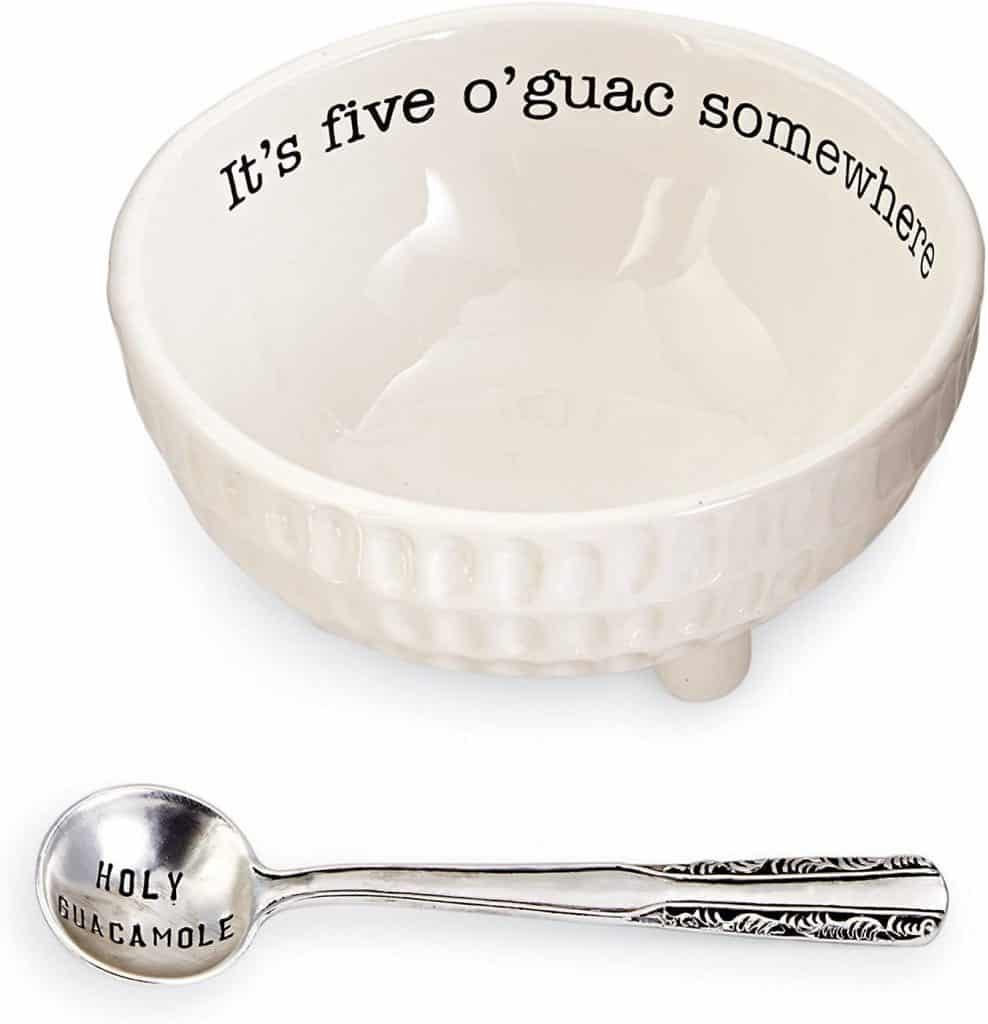 punny kitchen utensils: five o'guac serving bowl and spoon set