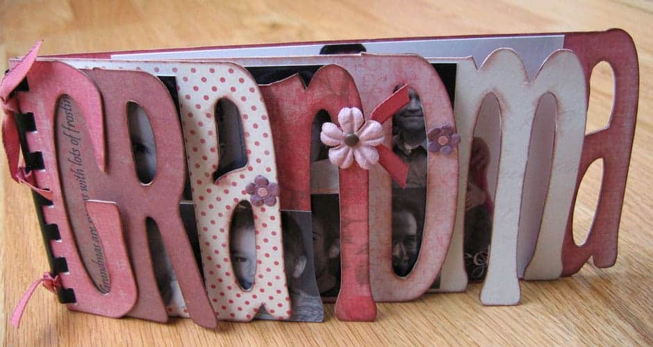 homemade mother's day gifts for grandma: grandma photo album