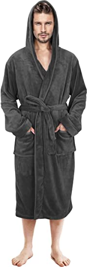 useful gift for him: bathrobe